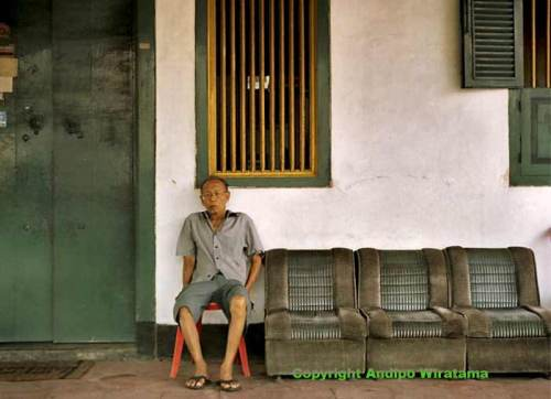 Old Peranakan Mansion in Tangerang and the owner